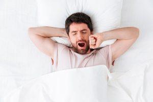 Mau hálito matinal: é normal? Saiba como curar e prevenir