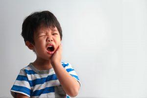 Estomatite infantil: como lidar com afta e herpes em crianças