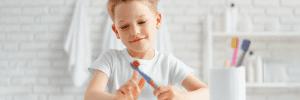 10 dicas para quem tem uma criança que não escova os dentes
